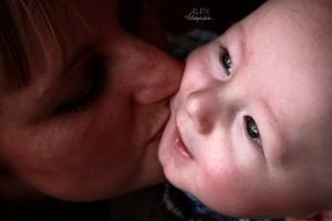 La relation mère enfant ignore la distance (crédit M.Marianaud)