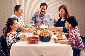 Le repas familial ancre de bonnes habitudes