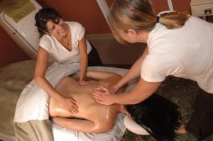 Le massage par des professionnels est plus profond