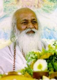 Le sage indien Maharishi Mahesh Yogi