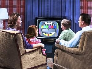 Les français regardent la télé 4 heures par jour
